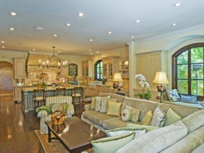 Beautiful living room in Pacific Palisades, CA Before You Paint The Exterior