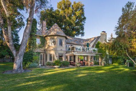 A beautiful Pacific Palisades home. Customer testimonials.